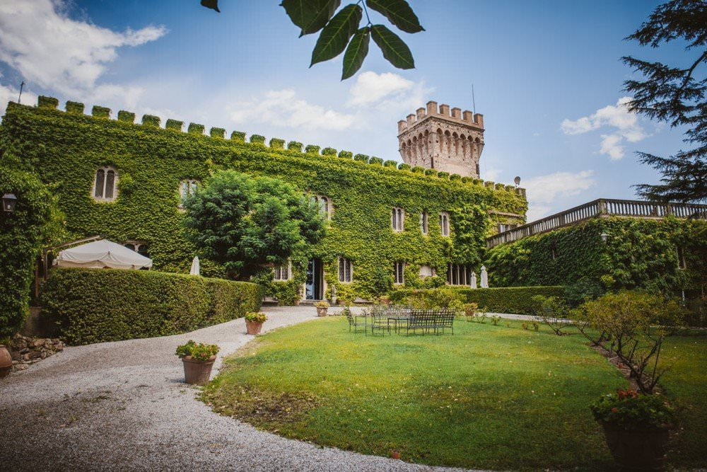 (English) Castle in the South Tuscany