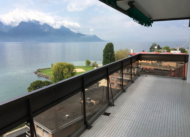 Apartment in Montreux with panoramic view