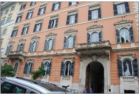 Prestigious offices in the center of Rome