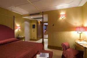 4* hotel in center of Rome