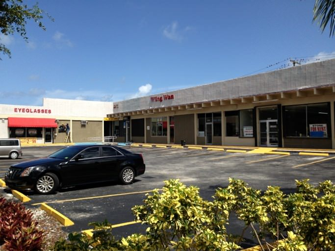 Shopping Center in North Miami Beach