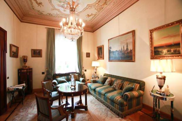 Exclusive residence in Rome