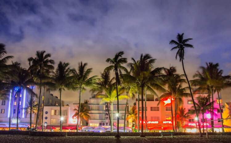 Appartmento a reddito a Miami Beach