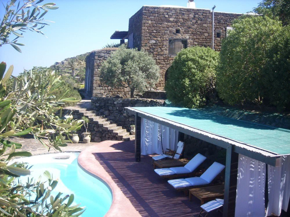 Panoramic villa on the island of Pantelleria