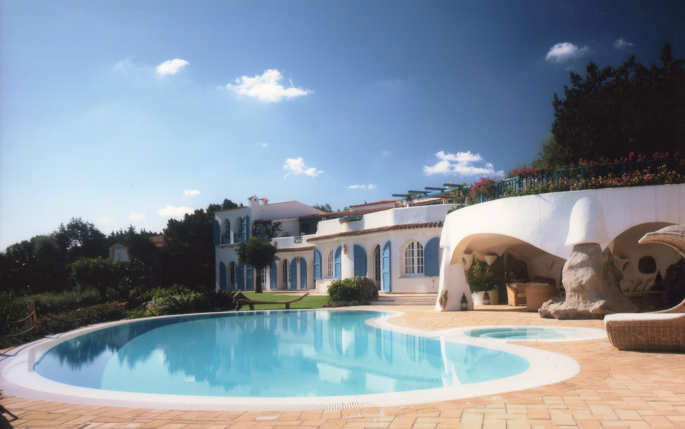 Private villas for rent > Trevi Elite 3