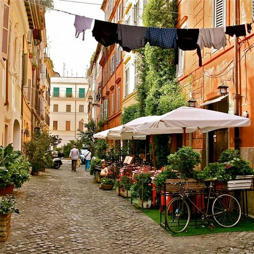 Apartment in Trastevere, Rome